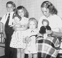 Wendy Lawton and siblings